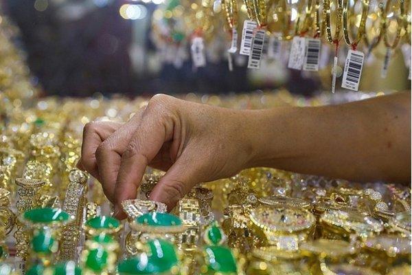 6 doanh nghiệp trả chứng nhận sản xuất vàng trang sức